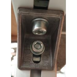 Détail équerre : Table haute industrielle pour pupitre ou déserte Marque : Flexlink Structure : Profilé Aluminium