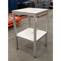 Table haute industrielle pour pupitre ou déserte Marque : Flexlink Structure : Profilé Aluminium