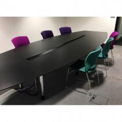 Table de réunion 14 places...