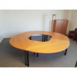 Table de réunion circulaire...
