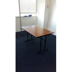 Lot de 5 tables pliantes